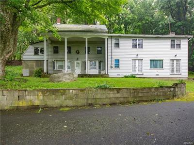 Bloomingburg Single Family Home For Sale: 34 Pickles Road