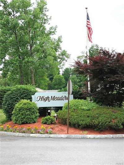 Yorktown Heights Condo/Townhouse For Sale: 406 High Meadow Lane #406