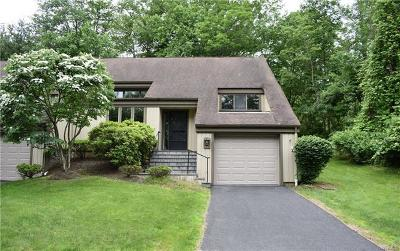 Somers Condo/Townhouse For Sale: 972 Heritage Hills #C