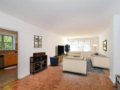 Bronx Co-Operative For Sale: 2601 Henry Hudson Parkway #2A