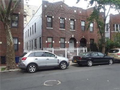 Multi Family 2-4 For Sale: 1035 Ward Avenue