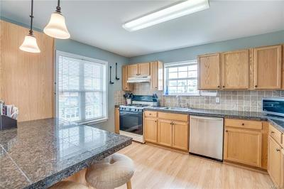 Warwick Single Family Home For Sale: 126 Evan Road