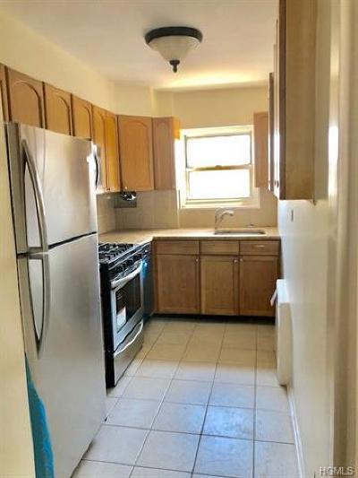 New Rochelle Co-Operative For Sale: 179 Drake Lane #2B
