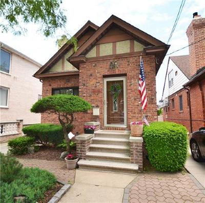 Single Family Home For Sale: 1312 Lohengrin Place