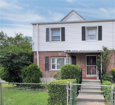 Yonkers Single Family Home For Sale: 301 Kimball Avenue