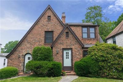 Larchmont Single Family Home For Sale: 23 Nassau Road