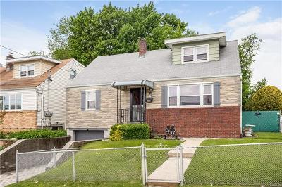 Yonkers Single Family Home For Sale: 107 Fortfield Avenue