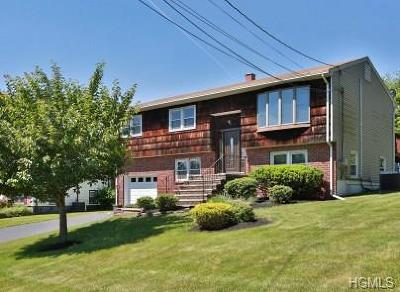 Rockland County Single Family Home For Sale: 24 Farley Drive