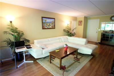 Yonkers Rental For Rent: 128 Colonial Parkway