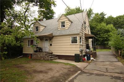Multi Family 2-4 For Sale: 125 West Eckerson Road