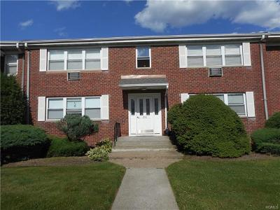 Pearl River Condo/Townhouse For Sale: 233 North Middletown Road #C