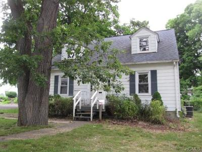 Middletown Single Family Home For Sale: 51 Adams Avenue