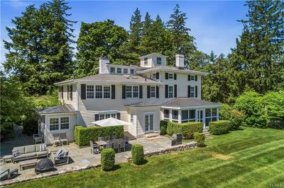 Westchester County Single Family Home For Sale: 845 Old Post Road