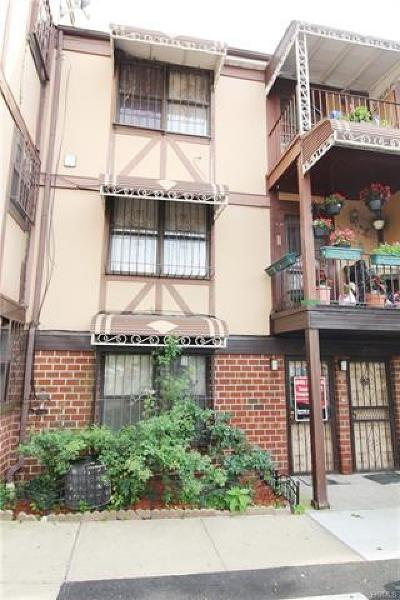 Bronx Condo/Townhouse For Sale: 821 East 161st Street #A