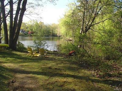 Putnam County Single Family Home For Sale: 15 Spur Road