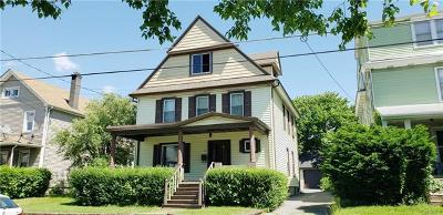 Middletown Single Family Home For Sale: 74 Grand Avenue