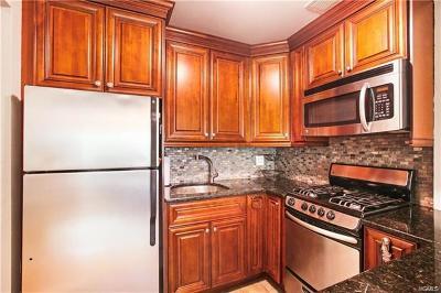 New Rochelle Co-Operative For Sale: 2221 Palmer Avenue #2B