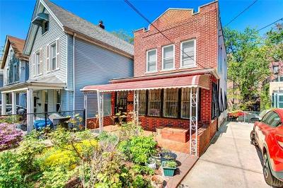 Bronx Single Family Home For Sale: 3831 Carpenter Avenue
