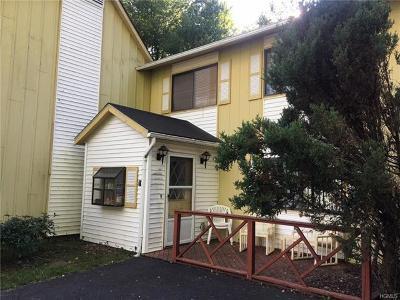 Single Family Home Sold: 21 Kathleen Court