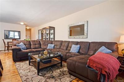 Westchester County Co-Operative For Sale: 10 Franklin Avenue #1B
