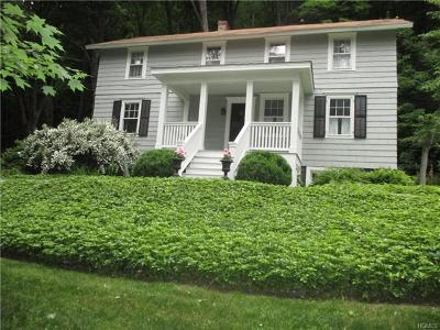 Westchester County Single Family Home For Sale: 200 Pound Ridge Road