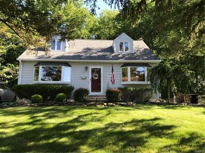 Rockland County Single Family Home For Sale: 35 Tulip Tree Drive