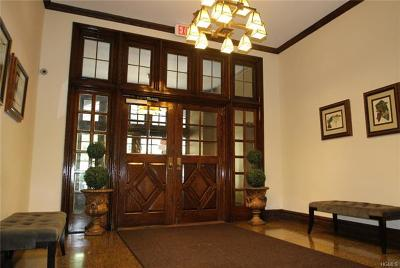 Westchester County Co-Operative For Sale: 68 East Hartsdale Avenue #4H