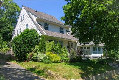 New Rochelle Single Family Home For Sale: 148 Clove Road