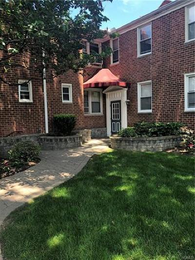 Westchester County Co-Operative For Sale: 8 Bryant Crescent #2N