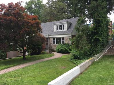 Yonkers Single Family Home For Sale: 49( Aka 47) Roxbury Drive