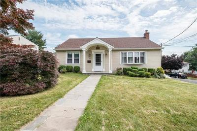 Yonkers Single Family Home For Sale: 99 Westwood Road