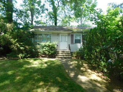 Rockland County Single Family Home For Sale: 21 Brightwood Avenue