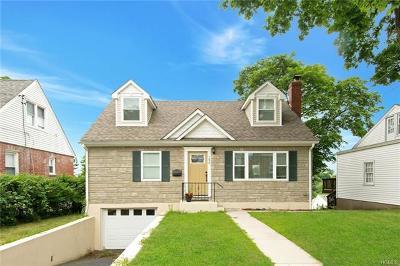 Yonkers Single Family Home For Sale: 152 Douglas Avenue