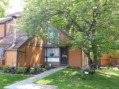 Dobbs Ferry Single Family Home For Sale: 90 Round Hill Road