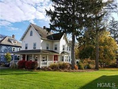 Highland Single Family Home For Sale: 522 State Route 32