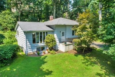 New Rochelle Single Family Home For Sale: 218 Pinebrook Boulevard