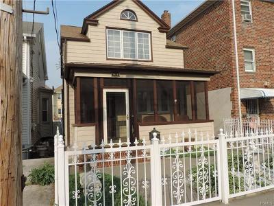 Bronx Single Family Home For Sale: 914 Clarence Avenue