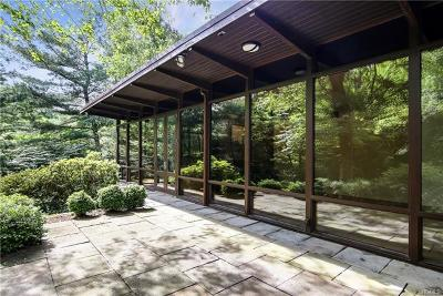 Larchmont Single Family Home For Sale: 803 Weaver Street