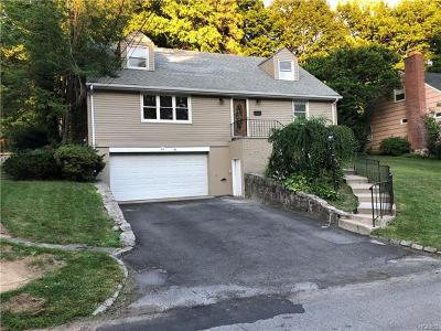 White Plains Single Family Home For Sale: 34 Durham Road