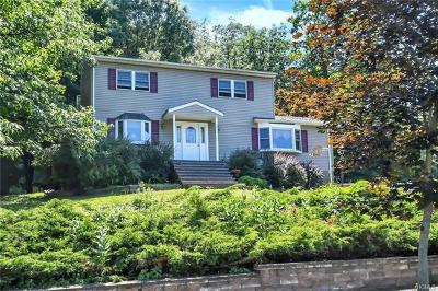 Monroe Single Family Home For Sale: 28 Amy Todt Drive
