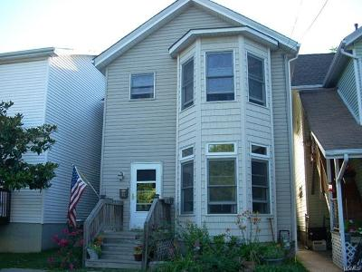 Walden Single Family Home For Sale: 32 Valley Avenue