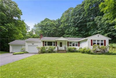 Mount Kisco Single Family Home For Sale: 143 Westwood Drive
