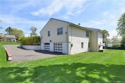 New Rochelle Single Family Home For Sale: 37 Kensington Oval