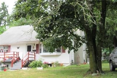 Warwick Single Family Home For Sale: 83 Maple Avenue