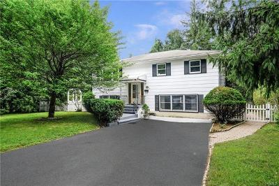 Westchester County Single Family Home For Sale: 2 Andover Road