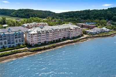 Piermont Condo/Townhouse For Sale: 54 Harbor Cove