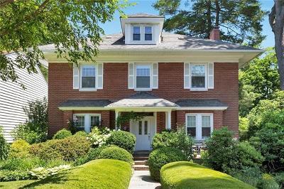 White Plains Single Family Home For Sale: 23 Cobb Avenue