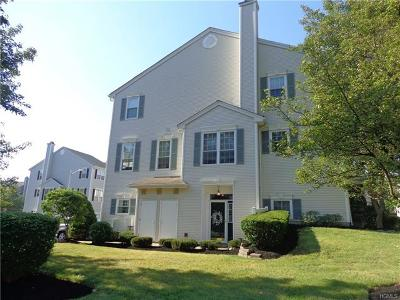 Nanuet Condo/Townhouse For Sale: 1 Long Valley Drive