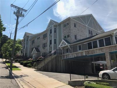 Yonkers Condo/Townhouse For Sale: 304 Warburton Avenue #1A
