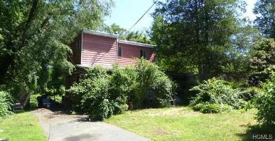 White Plains Single Family Home For Sale: 4 Hillside Close